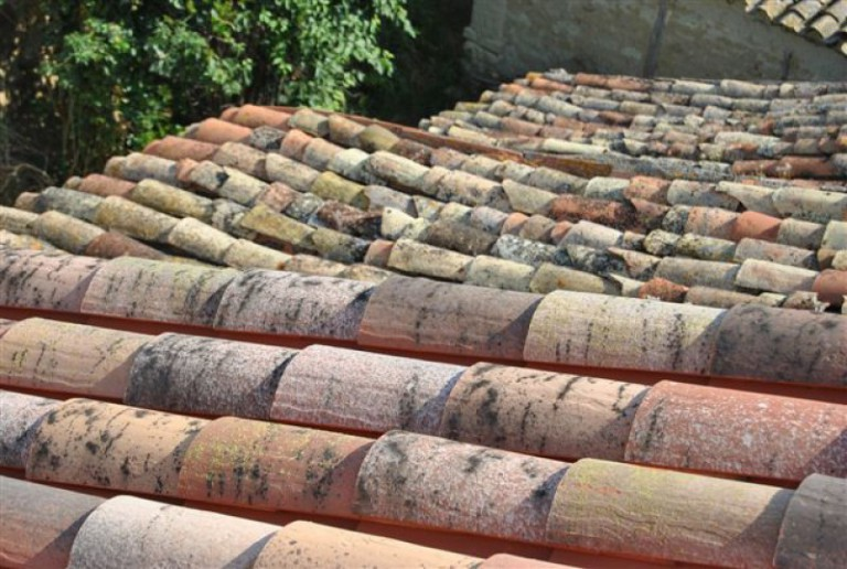 About the use old recovery roof tiles