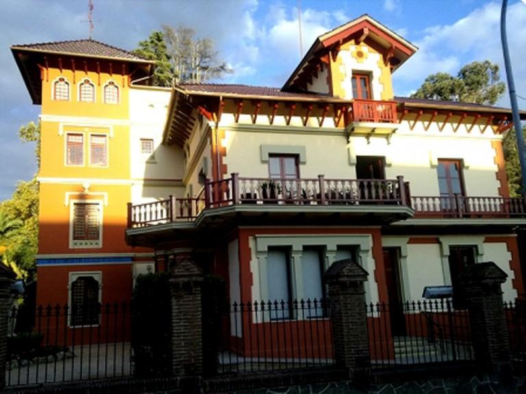 EdificioCalAlfaro.jpg