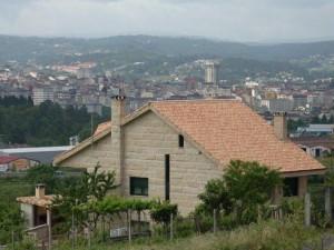 Maison (Ctra. Santiago - Orense)