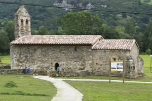 Église romane de San Juan de Ciliergo (Panes - Asturies)