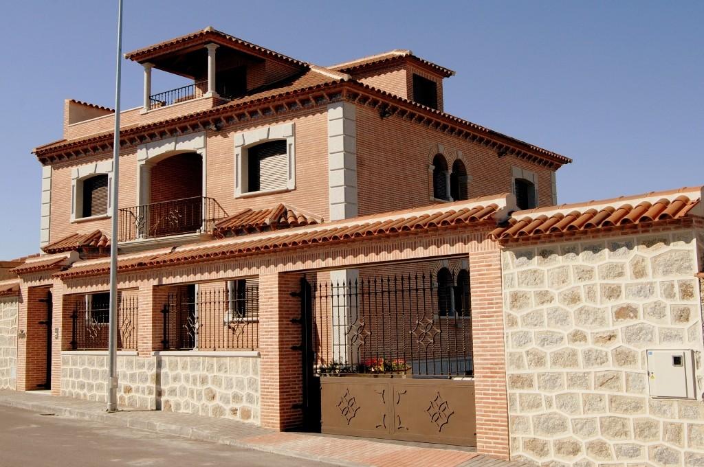 Unifamiliar (Las Ventas con Peña Aguilera – Toledo)