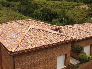 Maison avec toiture