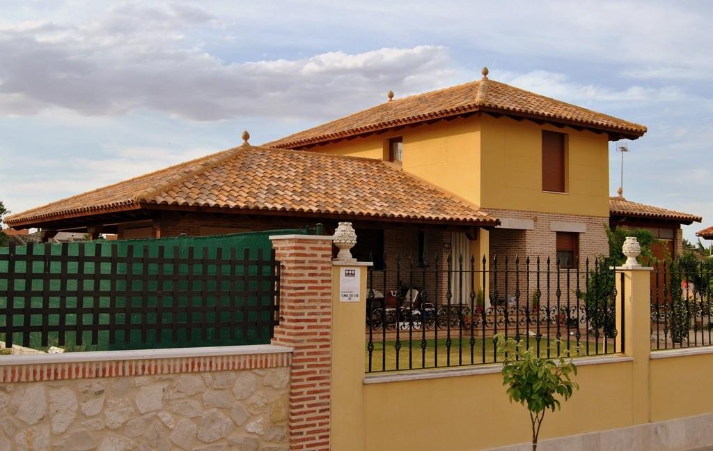 Unifamiliar (Viana de Cega – Valladolid)