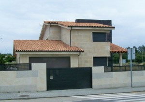 Unifamiliar en Ourense (España)