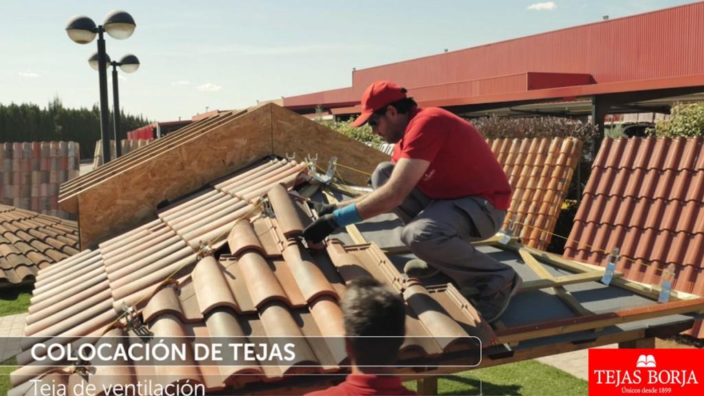 V deo instalaci n en seco de tejas cer micas sin mortero - Clases de tejas para tejados ...