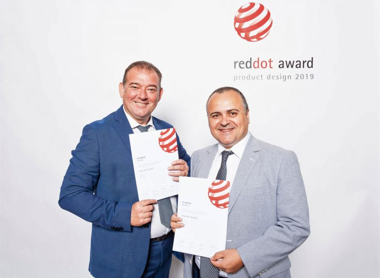 Tejas Borja receives the Red Dot Award: Product Design 2019